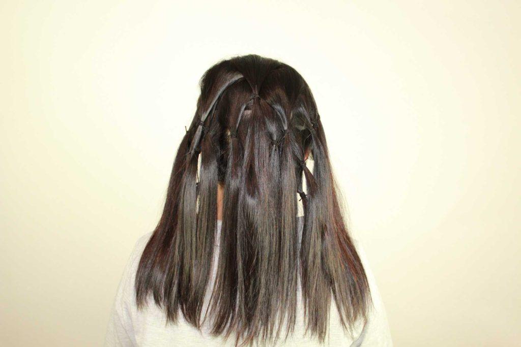 50代のスタッフ(縮毛矯正)が自毛で作るつけ毛を作成しました。